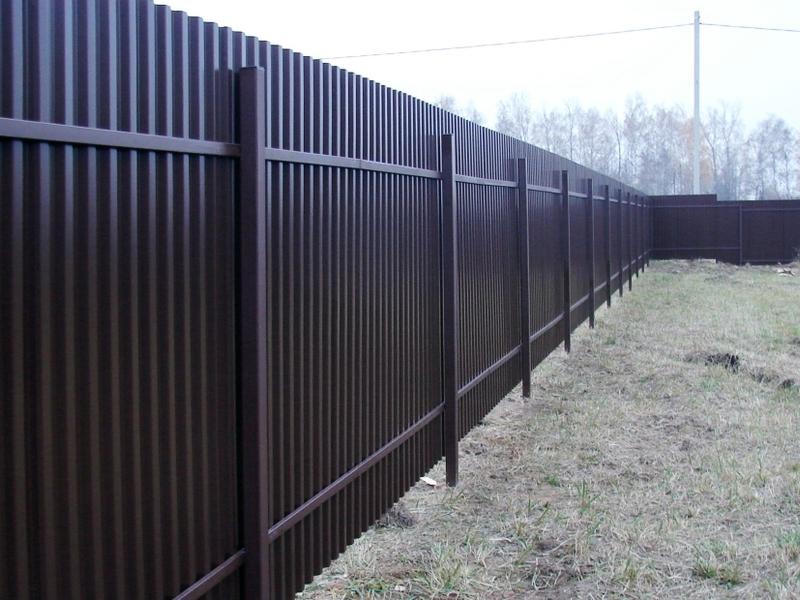 Как уберечь забор из профлиста от кражи
